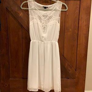 Gorgeous lace, heart shaped sheer flowey dress